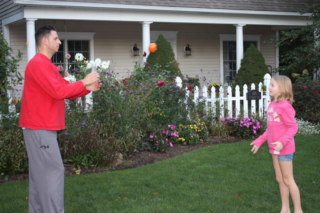 acorn hopscotch pumpkin toss 027