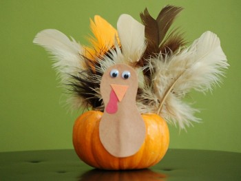thanksgiving crafts for kids mini pumpkin turkeys featured