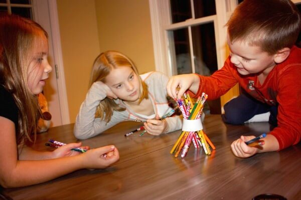 thanksgiving games for kids dont topple the teepee2