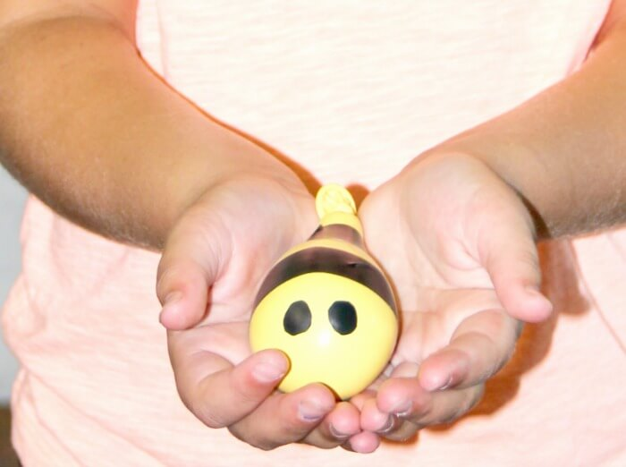 The Inspired Treehouse - This movement activity for kids quickly became one of our most popular posts because kids are fascinated by the squishable little bumble bees!