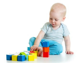 12 Fine Motor Activities for Toddlers