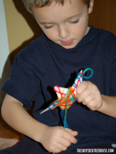 christmas crafts for kids yarn ornaments 3