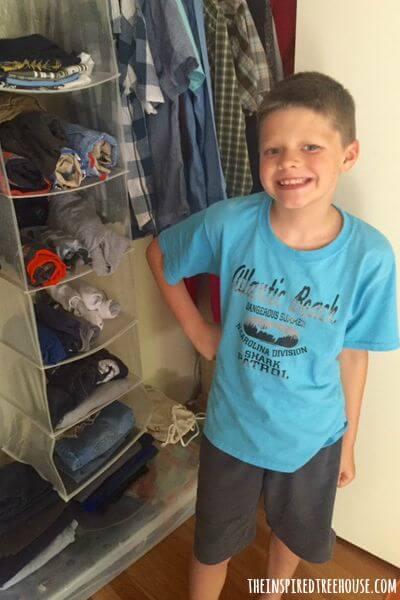 kids closet organization 4