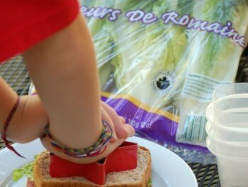 LUNCH BOX IDEAS: INDEPENDENT LUNCH PACKING ROUTINE FOR KIDS!
