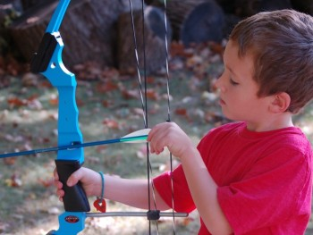 COOL GIFTS FOR KIDS: GENESIS BOWS