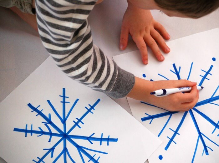 roll a snowflake drawing game for kids featured