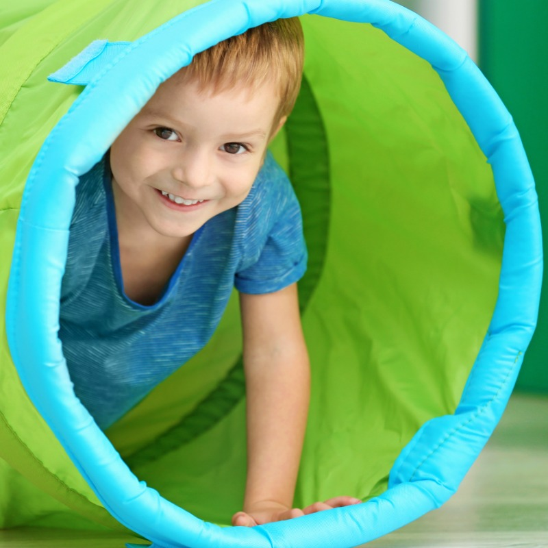 The Inspired Treehouse - These fun obstacle course ideas are the perfect way to promote developmental skills while keeping kids engaged and interested!