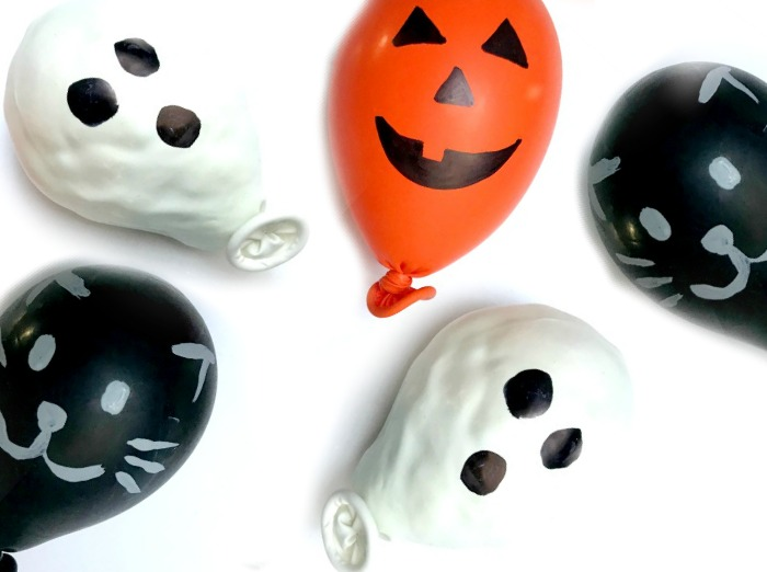 The Inspired Treehouse - These simple and squishy DIY fidgets for Halloween are fun to make and even more fun to squish and squeeze!